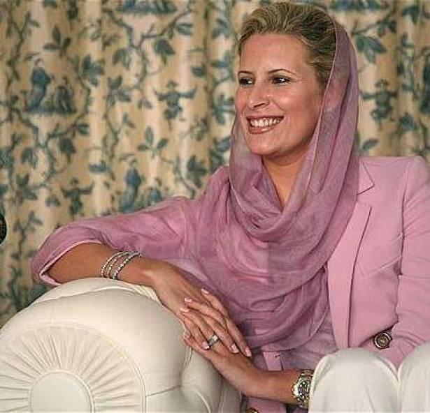 نتيجة بحث الصور عن معمر القذافي وعائشة
