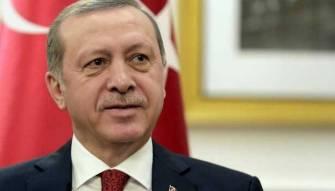 رسائل اردوغان بالزي العسكري