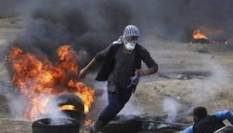 إنتفاضة الأعلام والحجارة في القطاع !!