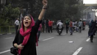 في ظل العقوبات الأميركية۔۔ الاقتصاد الإيراني إلى أين؟