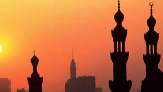 رجال دين تابعون للمستقبل شنوا اعنف الهجمات على سنّة 8 آذار