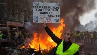 """هل يكون """"الربيع الفرنسي"""" مرحلة من مراحل انهيار الاتحاد الأوروبي؟"""