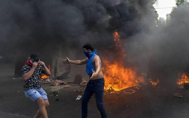 قراءة في أحداث «الأحد الدامي»: أكبر من فورة وأقل من ثورة