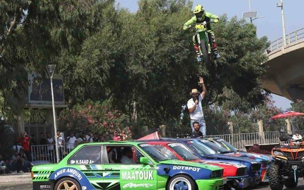 مهرجان السيارات فـي صيدا وعروض في الانجراف (Drift) والـقفز فوقها