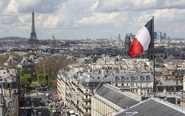باريس تطالب سريعا ًبحكومة...والأفق مسدود