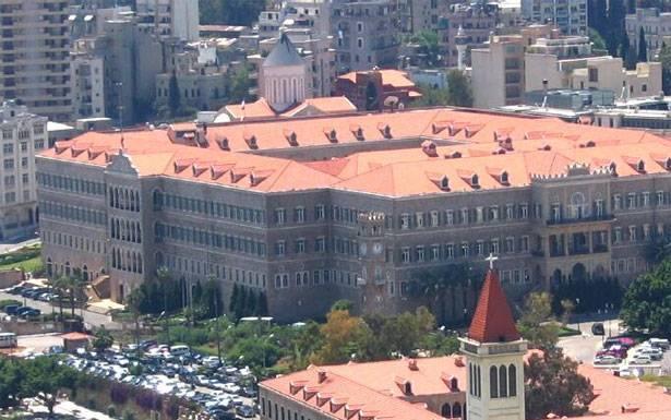 الحكومة تريد تنفيذ المرحلة الثانية من خطة إجلاء اللبنانيين بأقلّ إصابات إضافيّة بوباء «كورونا» تشترط إجراء الفحوصات قبل الصعود الى الطائرة على أن تكون النتائج «سلبيّة» لحسر الفيروس