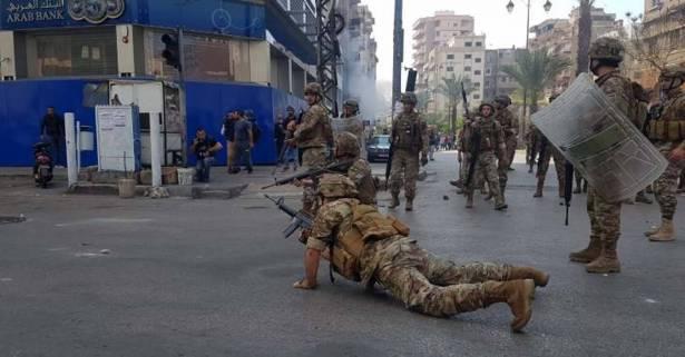 المعارضة المشتتة فشلت مُجدّداً بتوحيد صفوفها وتعوّل على «الثورة 2» للعودة الى الحــكــــم