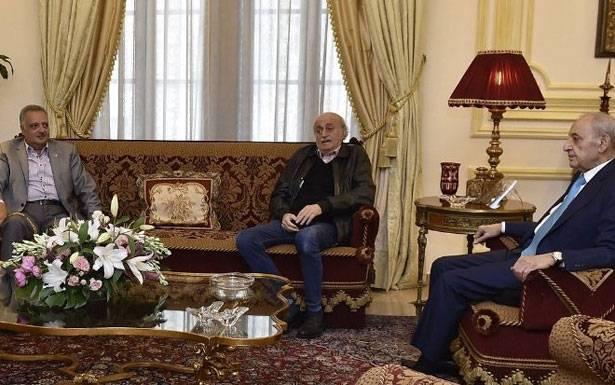 لجنة «عين التين» اجتمعت وبري اقترح نموذج «الثنائي الشيعي» على جنبلاط وارسلان