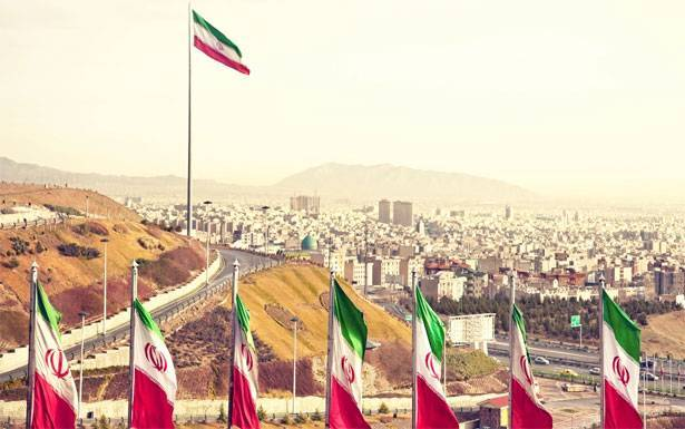 من يصنع قوة ايران ؟
