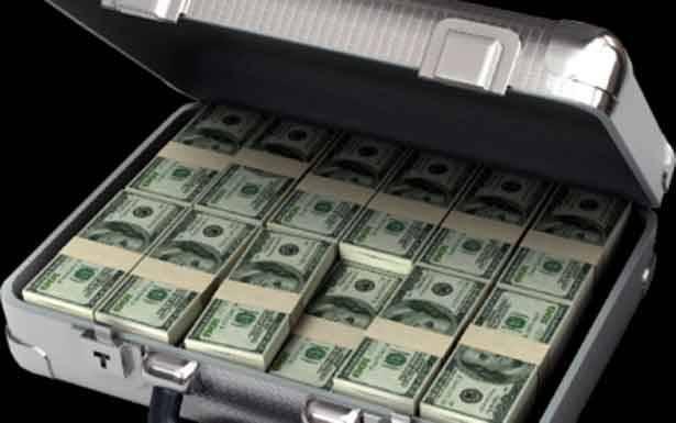 حقيبة المال تنهي لبنان الكبير؟!